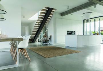 Moderne offene Wohnküche